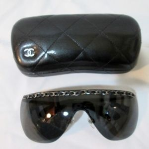 CHANEL ITALY Rimless Shield Chain Sunglasses 4160-